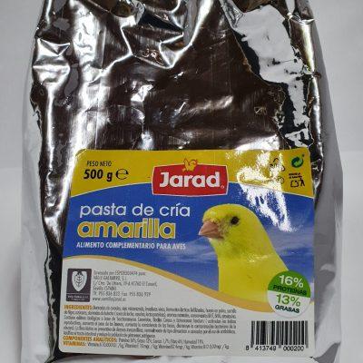 pasta de cría amarilla